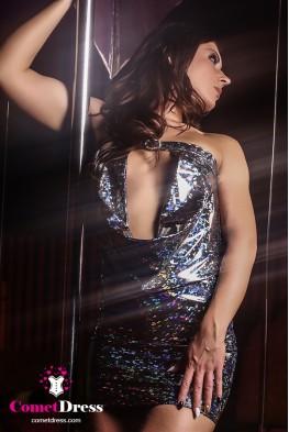 Fekete magasfényű hologramos luxus miniruha